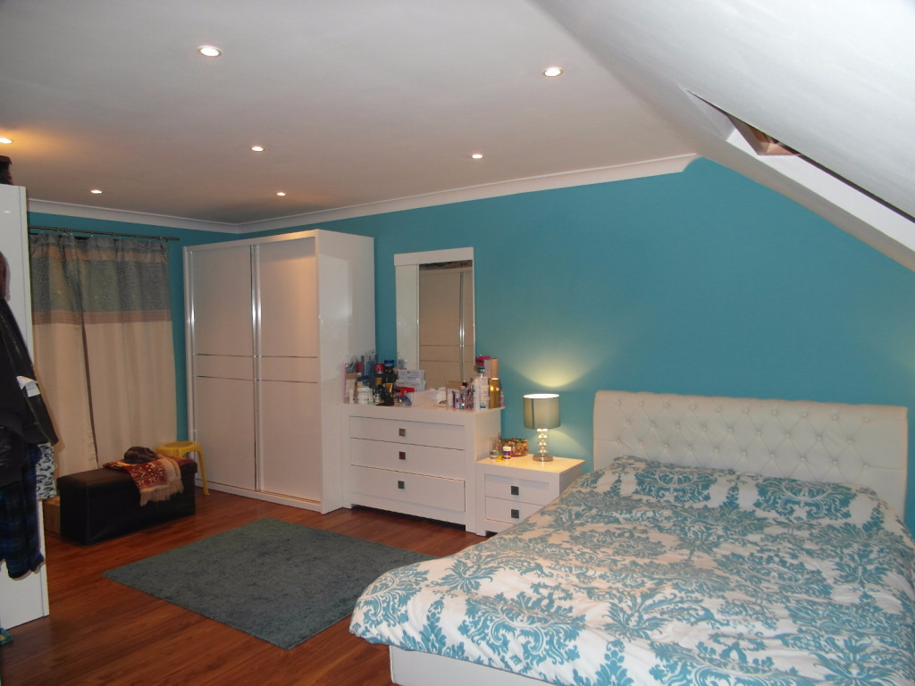 7 Bedroom House For Rent in Skelton Road, Forest Gate, London, E7