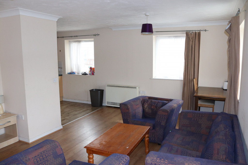 4 Bedroom Apartment For Rent in Meachen Road, Colchester, CO2