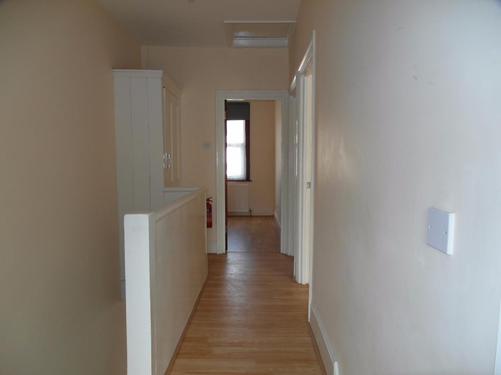 4 Bedroom House To Rent in Glenparke Road, London, E7