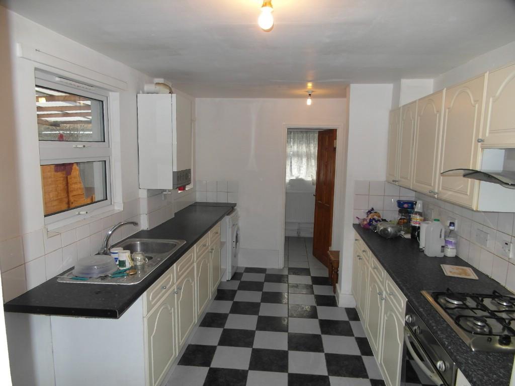 3 Bedroom Terraced House To Rent In Somerset Road, London, N18